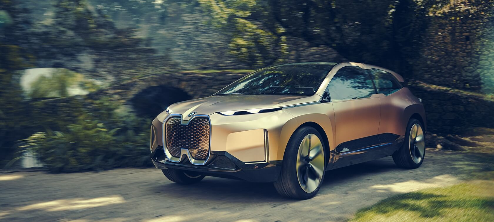 BMW Vision iNext electric luxury crossover